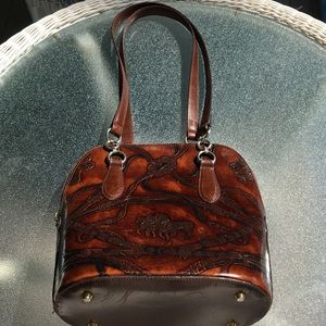 Vintage 100% leather handbag made in Italy!